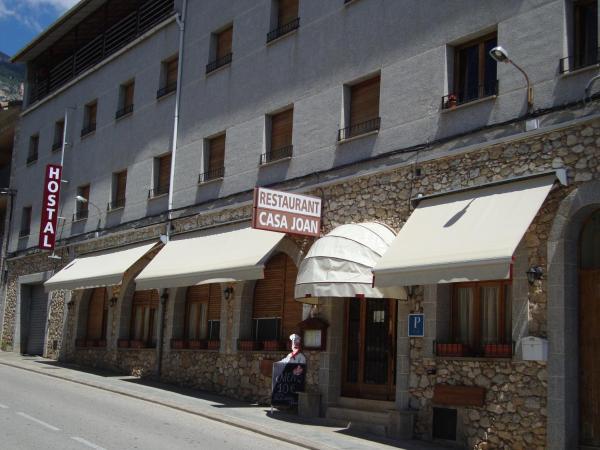 Hotel Pictures: Hostal Casa Joan, Sant Llorenc de Morunys