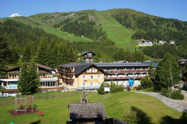 酒店图片: Familienhotel Hinteregger, 雷恩贝格