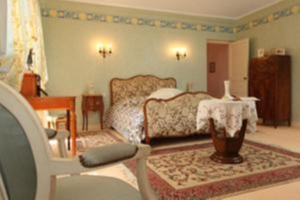 Hotel Pictures: Les Belles Dormantes, Lachaise