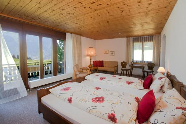 Double or Twin Room with Panoramic View and Balcony - West