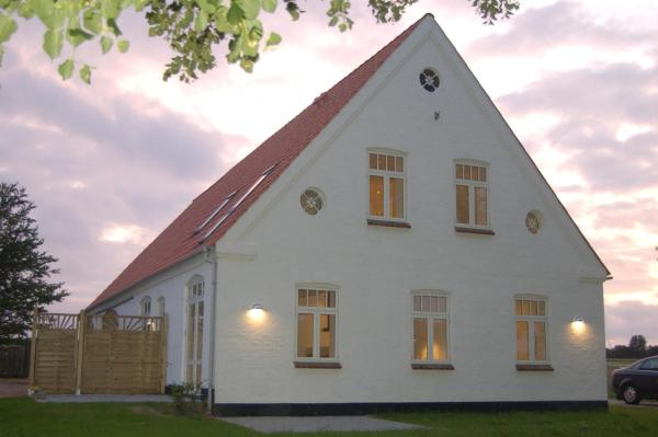 Hotel Pictures: Fjordvejen Apartments, Gråsten