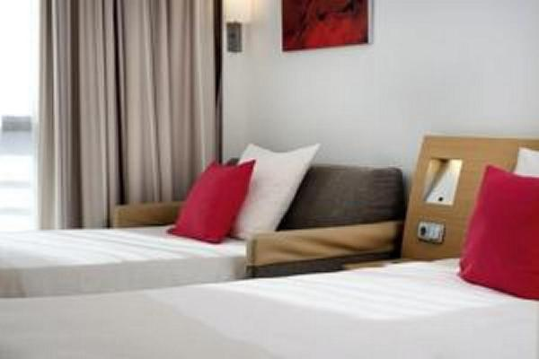 Superior Room with 1 Double bed and Single sofa Bed