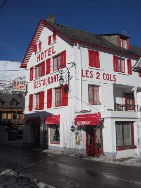 Hotel Pictures: Hôtel des Deux Cols, Sainte-Marie-de-Campan