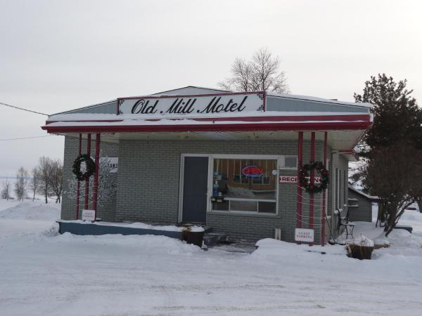 Hotel Pictures: Old Mill Motel, Blind River