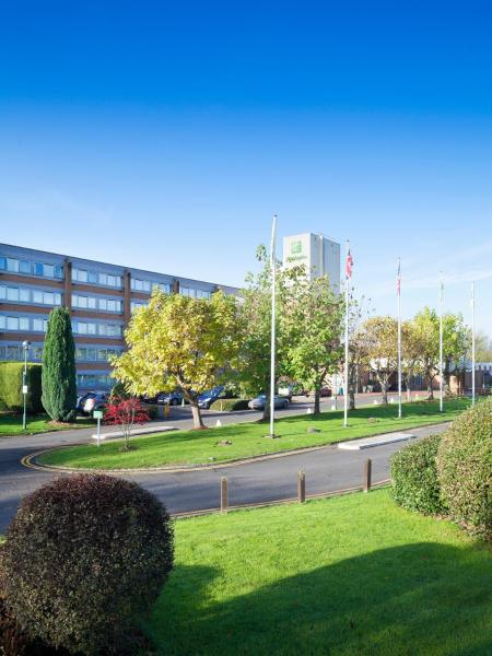 Hotel Pictures: Holiday Inn London - Gatwick Airport, Gatwick