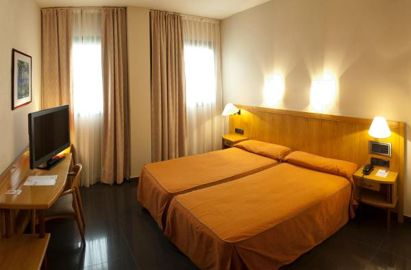 Double room with Private Parking