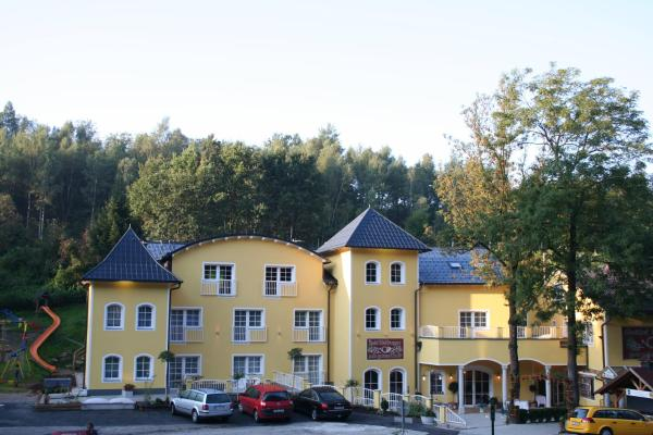 Hotellikuvia: Gasthof & Hotel Wolfsegger, Aussertreffling