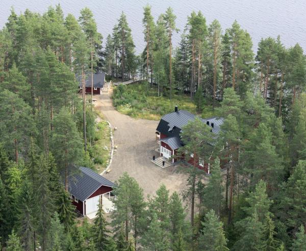 Hotel Pictures: Holiday Home Tuomarniemi, Kokonvaara