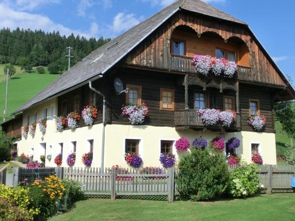 Hotelbilleder: Kniebergerhof, Liebenfels