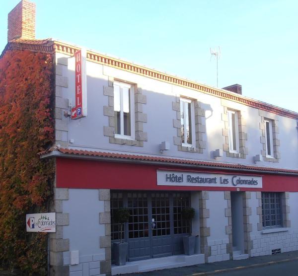 Hotel Pictures: Les Colonnades, Saint-Fulgent