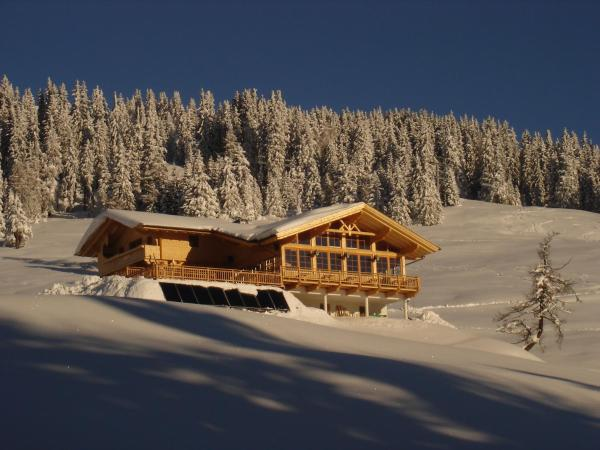 Hotel Pictures: Mecki's Dolomiten Panorama Stubn, Debant