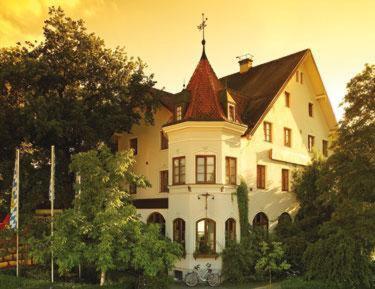 Hotel Pictures: Landgasthof Deutsche Eiche, Munich