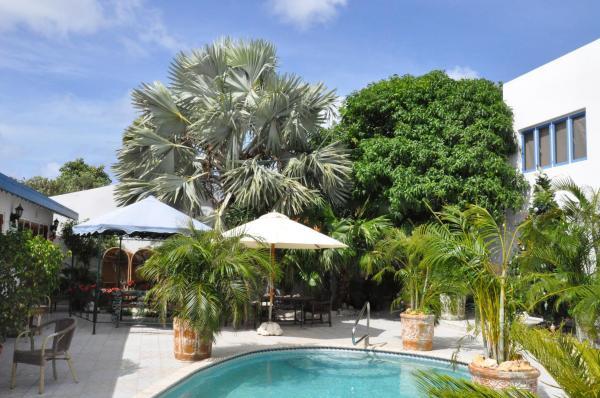 Foto Hotel: Aruba Harmony Hostel, Oranjestad