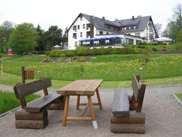 Hotel Pictures: Hotel Waldesruh, Lengefeld