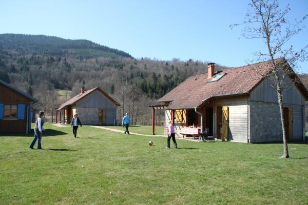 Chalet (4-6 Adults)