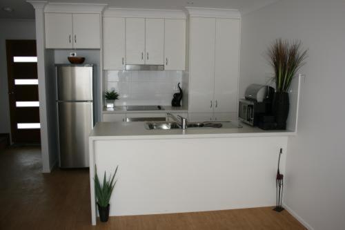2 Bedroom Apartment - Overnight
