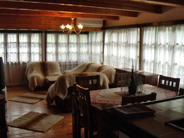 Φωτογραφίες: The Well House, Tryavna