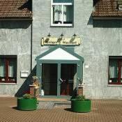 Hotel Pictures: Krögers Gasthof, Tornesch