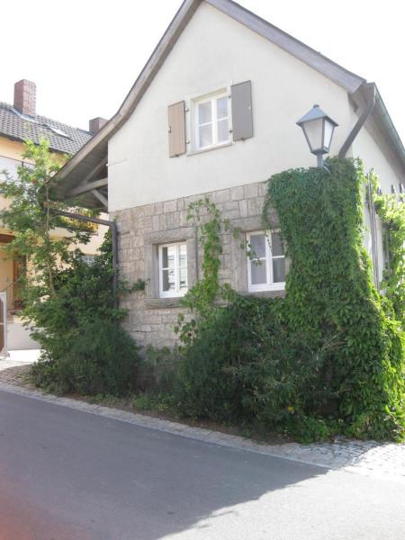 Hotel Pictures: Apartments Bed & Breakfast Brückner, Willanzheim