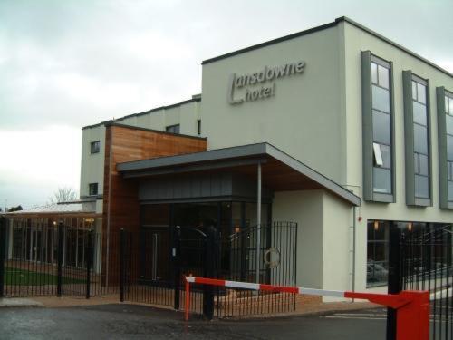 Hotel Pictures: Lansdowne Hotel, Belfast