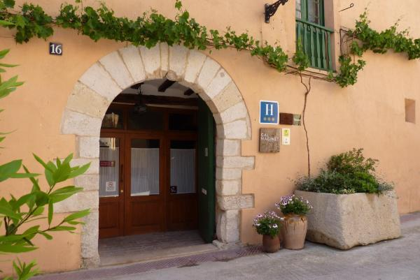 Hotel Pictures: Cal Maginet, Vilavert