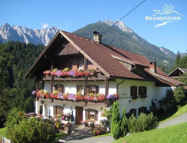 Hotel Pictures: Haus Brandstätter, Kötschach