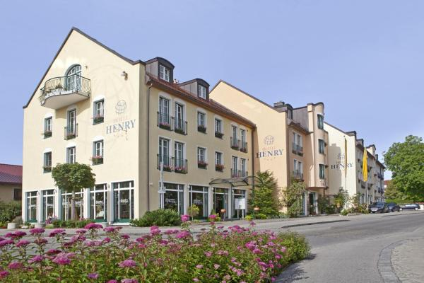 Hotel Pictures: Hotel Henry, Erding