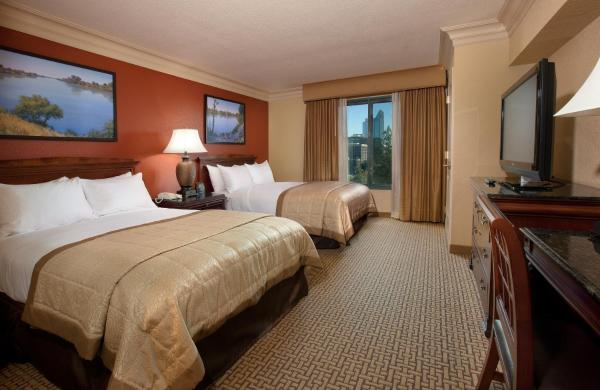 Double Suite with Two Double Beds and River View - Non-Smoking