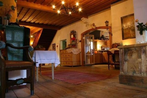 Hotel Pictures: Ansitz Burg Heimfels, Heinfels