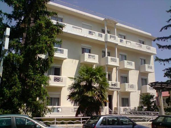 Hotel Pictures: Hôtel La Pergola, Amélie-les-Bains-Palalda