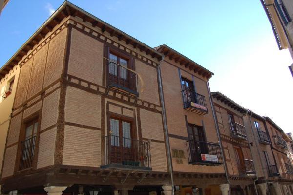 Hotel Pictures: Hostal Mayor 71, El Burgo de Osma