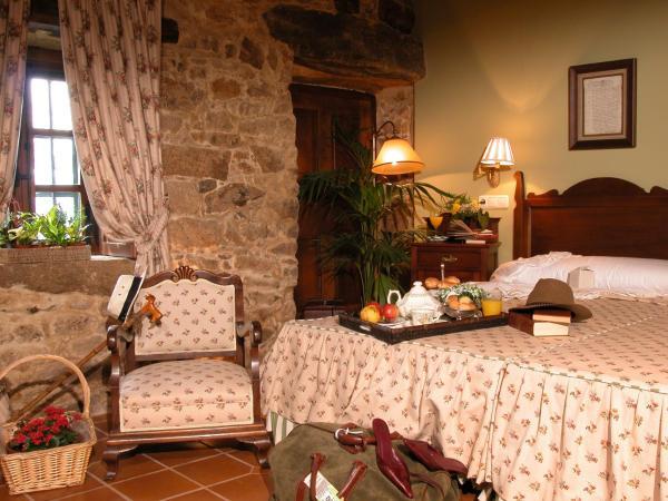 Hotel Pictures: Casa de Bola, Negreira