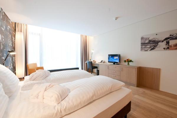 Hotel Pictures: Holiday Inn - Schindellegi - Zurichsee, Schindellegi