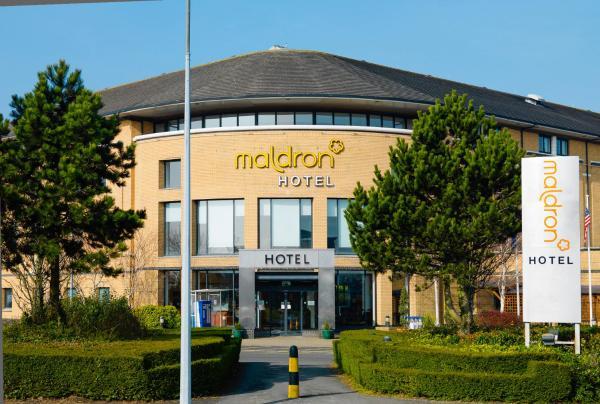 Hotel Pictures: Maldron Hotel Belfast, Aldergrove