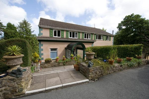 Hotel Pictures: Cwmwennol Country House, Saundersfoot