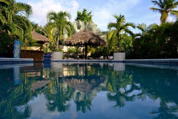 Fotos do Hotel: Bananas Apartments, Palm-Eagle Beach