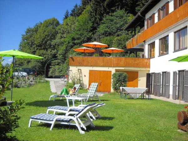 Hotel Pictures: Ferienwohnungen Theresienhof, Ledenitzen
