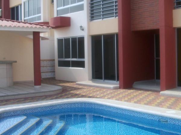 Hotel Pictures: Apartamento Amoblado URB Volare, Guayaquil