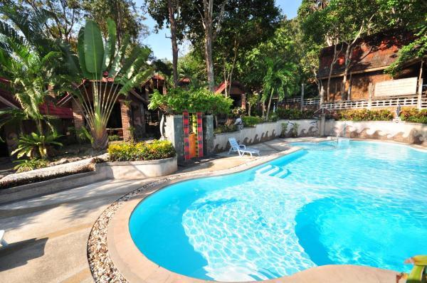 Pool View Bungalow
