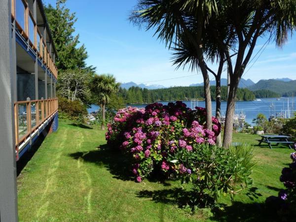 Hotel Pictures: Tofino Motel Harbourview, Tofino