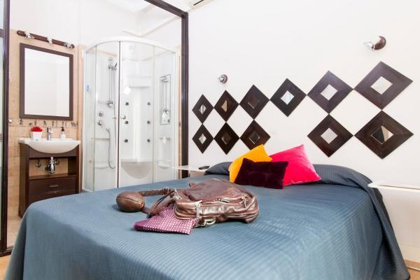 Hotel Pictures: Hostal Salamanca, Madrid