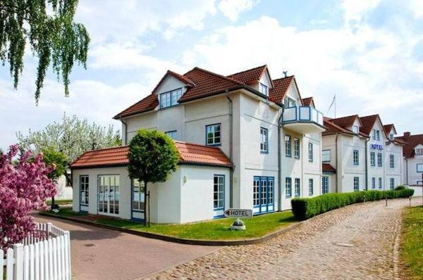 Hotel Pictures: Hotel Ingeborg, Waren