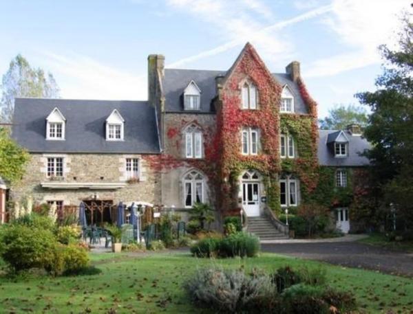 Hotel Pictures: Relais du Silence le Manoir de la Roche Torin, Courtils