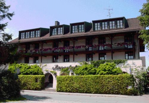 Hotel Pictures: Regerhof, Germering