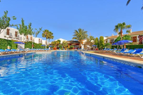 Hotel Pictures: Muthu Infiniti Beach Resort, Vera