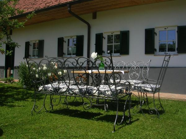 Foto Hotel: Sonnenhaus Grandl, Feldbach