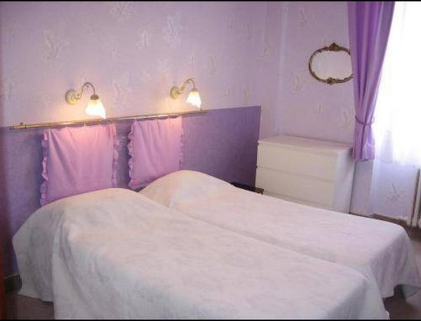 Business Triple Room (2 Adults + 1 Child)