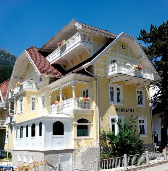 Hotelbilleder: Hotel Garni Hubertus, Fulpmes