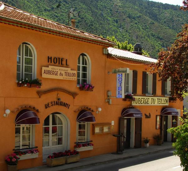 Hotel Pictures: Auberge du Teillon, Castellane