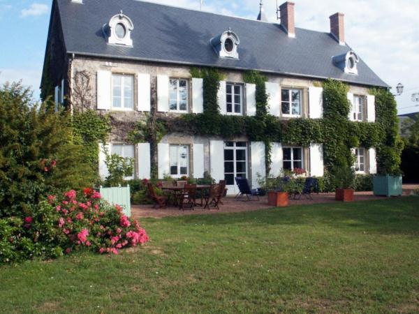 Hotel Pictures: Chambres d'Hôtes - Domaine Des Perrières, Crux-la-Ville